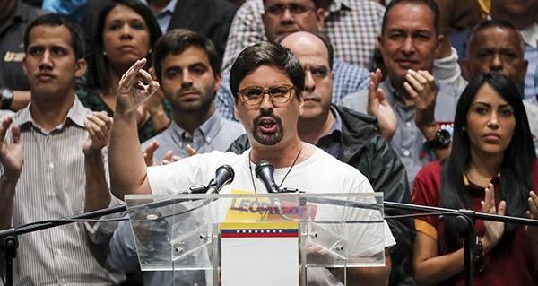 Freddy Guevara habla en nombre de la Unidad |Foto: EFE