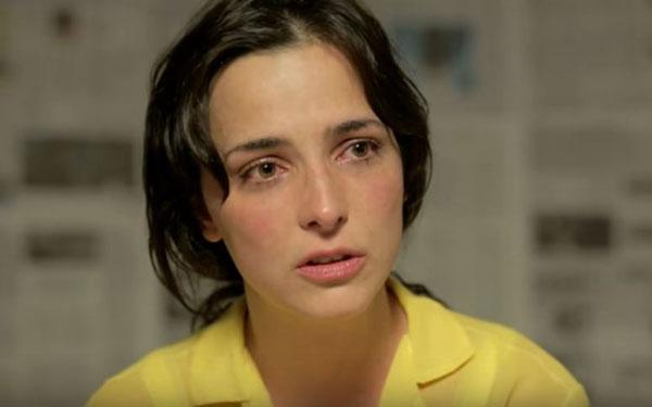 Marisa Román en el papel de Mónica Carrillo, madre de Armando Cañizales | Captura de video