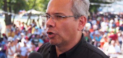 Miguel Ángel Rodríguez, periodistas   Foto: Cortesía