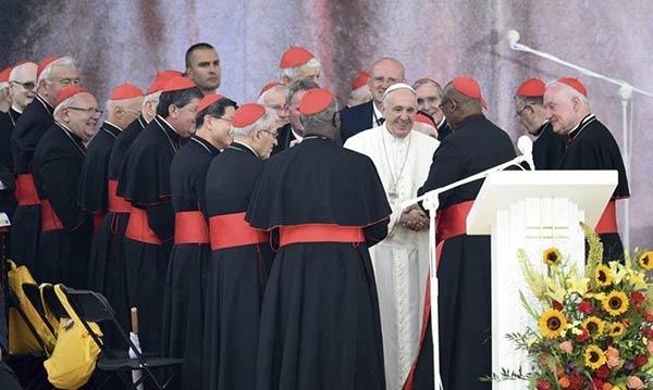 Obispos reunidos con el Papa |Foto cortesía