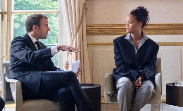 Rihanna en reunión con el presidente de Francia, Emmanuel Macron