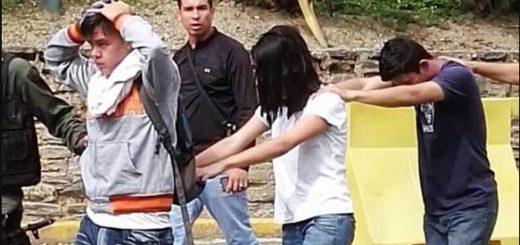 Estudiantes de la UPEL-Maracay detenidos por civiles armados | Foto: Twitter