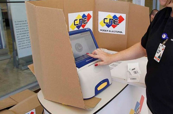 Smartmatic brindó las máquinas para las elecciones| Foto referencial