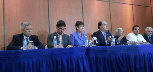 MUD ofrece detalles sobre el plebiscito