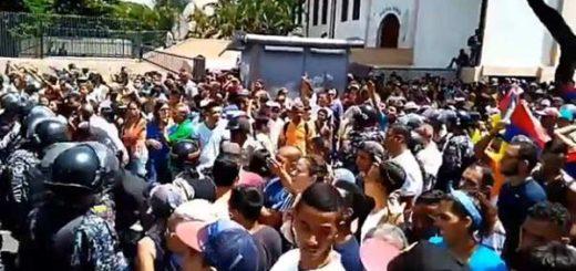 Ciudadano de Catia corrieron a PNB y oficialistas | Captura de video