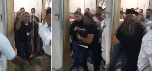 Multitud corrió a funcionarios del SENIAT | captura de video