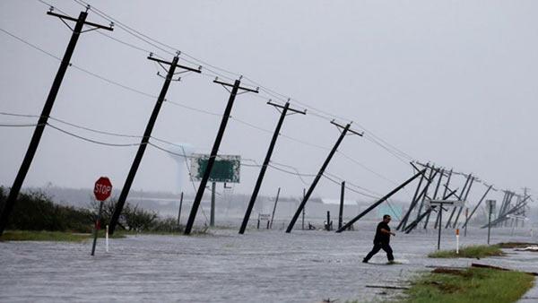 Venezuela se solidariza con EEUU tras el paso del huracán Harvey