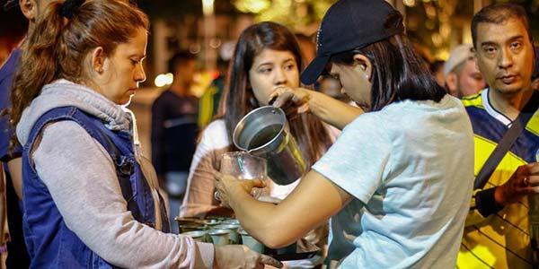 Entregas de alimentos a venezolanos en Colombia solo se dará en sitios autorizados   Foto: Cortesía