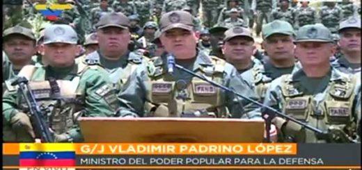 Vladimir Padrino junto al Alto Mando Militar de la FANB |Foto: @ReporteYa
