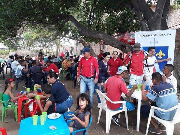 Iglesia de Cúcuta atiende a alrededor de cinco mil emigrantes venezolanos atiende a diario |Foto: La Nación