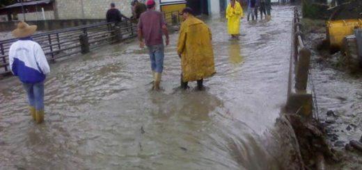 Sector Canagua en Mérida sufre embates de fuertes lluvias |Foto: Protección Civil