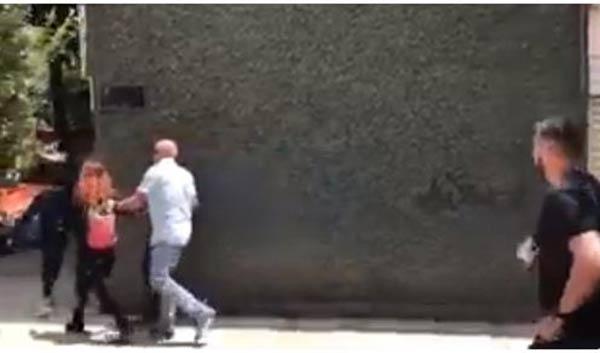 Jorge Rodríguez fue encarado con sus hijos en México |Captura de video