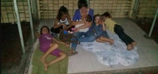 Venezolanos en Maicao, Colombia | Foto: Twitter