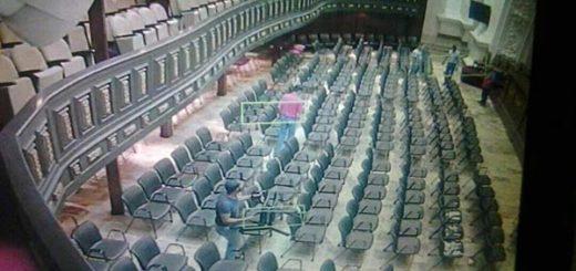 Asalto contra el hemiciclo de sesiones de la Asamblea Nacional (AN) | Foto: Twitter