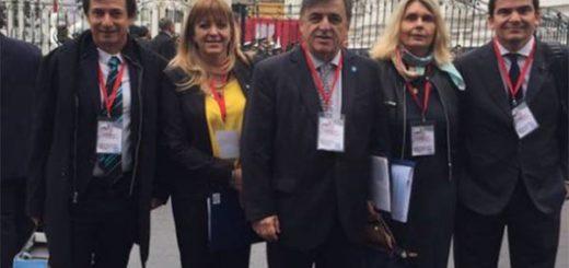 Parlamentos latinoamericanos se reúnen en Lima en apoyo a Venezuela
