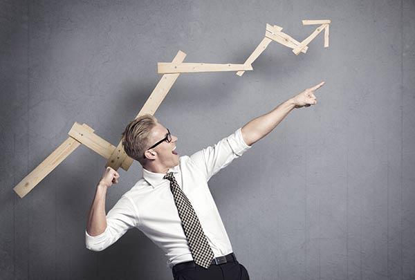 El éxito es un camino de esfuerzos |Foto referencial