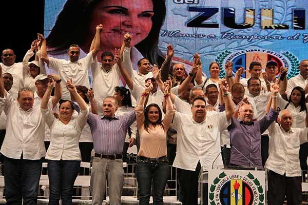 AD proclamó a Eveling de Rosales como su candidata a la gobernación del Zulia | Foto: NP