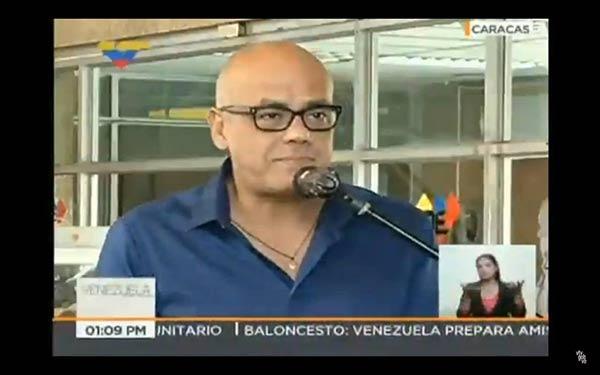 Jorge Rodríguez a las afueras del CNE |Foto: @ReporteYa