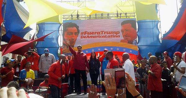 Presidente Nicolás Maduro durante marcha contra amenazas de EEUU   Foto: Twitter
