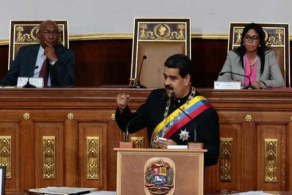 Maduro dice que habrá diálogo entre Gobierno y oposición | Foto: @PresidencialVen