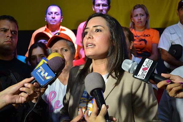 Patricia de Ceballos oficializó su candidatura a la gobernación de Táchira   Foto: @VoluntadPopular