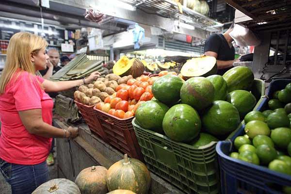 Los escandalosos precios de las hortalizas y otros rubros alimenticios | Foto: MARCOS COLINA / Ciudad CCS