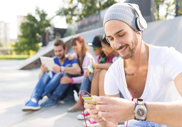 Millennials, una generación criticada |Foto referencial