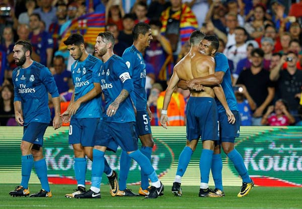 Real Madrid tras ganar al Barcelona | Foto: Reuters