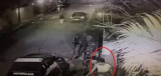Momento en que Leopoldo López es sacado de su residencia | Captura de video