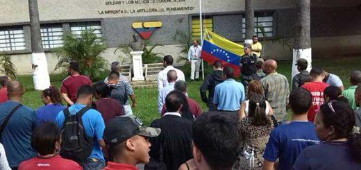 Trabajadores de VTV cantando el Himno Nacional | Foto: @VillegasPoljak