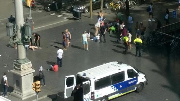 Atentado terrorista en Rambla, Barcelona | Foto: Twitter