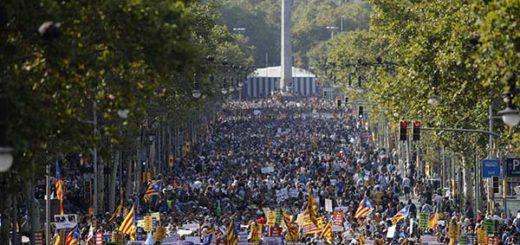 Barcelona marcha contra el terrorista | Foto: EFE