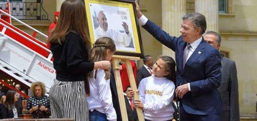 Colombia pone en circulación 38.000 estampillas por visita del papa