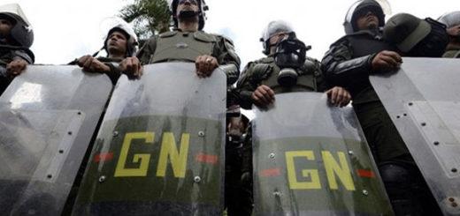 """¡Puras joyas! GNB cobró extorsión a un hombre tras amenazarlo con detenerlo """"por terrorista"""""""