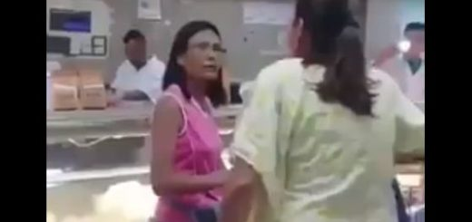 Rectora Socorro Hernández confrontada por venezolanos | Foto: Captura de video