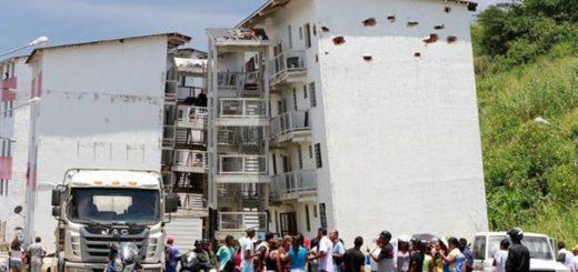 55 familias fueron desalojadas por la vulnerabilidad del lugar |Foto: El Universal