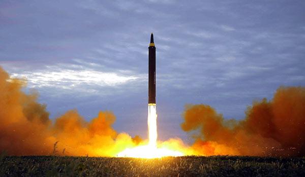Corea del Norte disparó un misil que sobrevoló Japón | Foto: Referencial