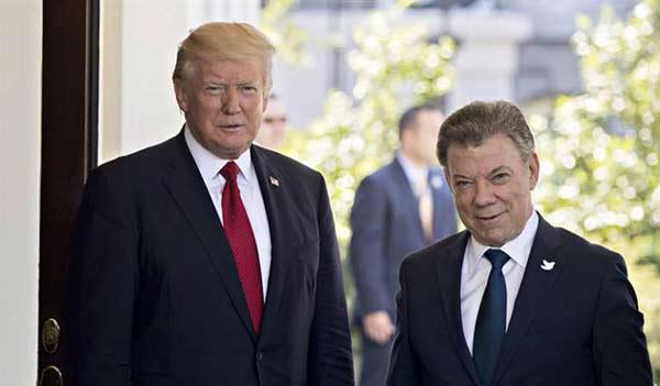 Donald Trump y Juan Manuel Santos |Foto: Televisa News