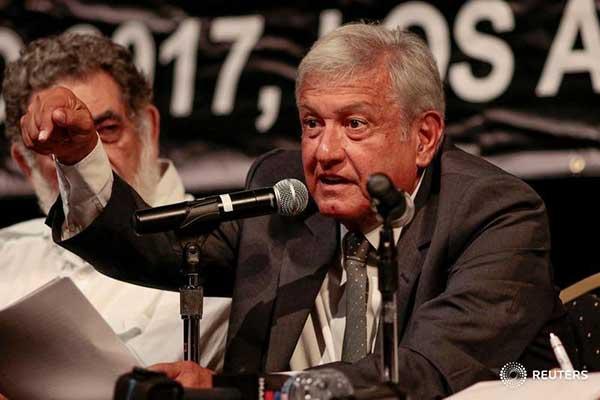 Izquierdista mexicano López Obrador se desmarca de Maduro | Reuters