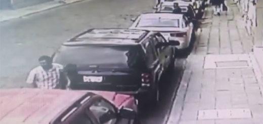 Nueva modalidad de robo a vehículos | Captura de video