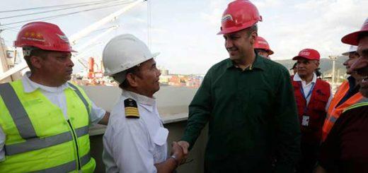 Tareck El Aissami recibió el arribo de trigo ruso |Foto: Vicepresidencia de Vzla