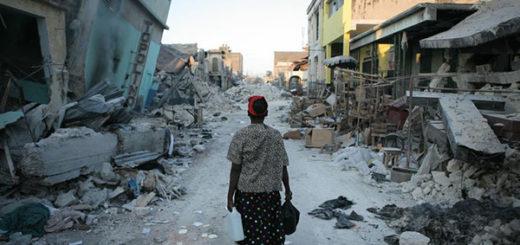 Las labores de desescombro en busca de supervivientes se prolongaron durante más de dos semanas en Haití, que vivió en 2010 el terremoto más catastrófico de la región | Foto: Damon Winter/The New York Times
