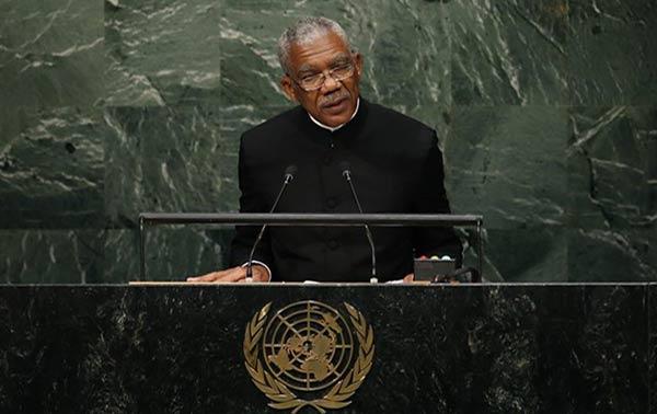 """Guyana afirma sentirse """"en peligro"""" por la reclamación territorial de Venezuela   Twitter"""