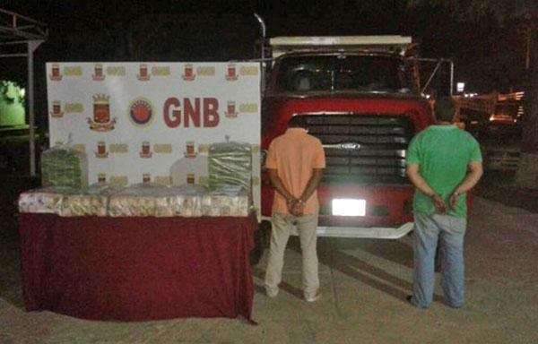 Detienen a dos hombres con más de nueve millones bolívares en Falcón   Foto: Notifalcón