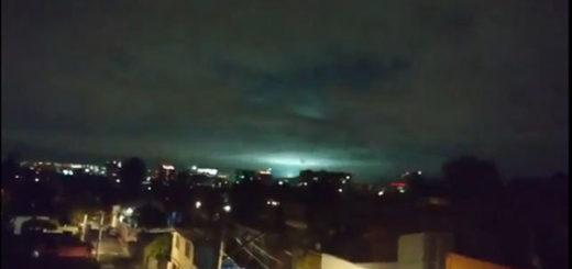 Destellos de luz en México tras el terremoto   Foto: Captura de video