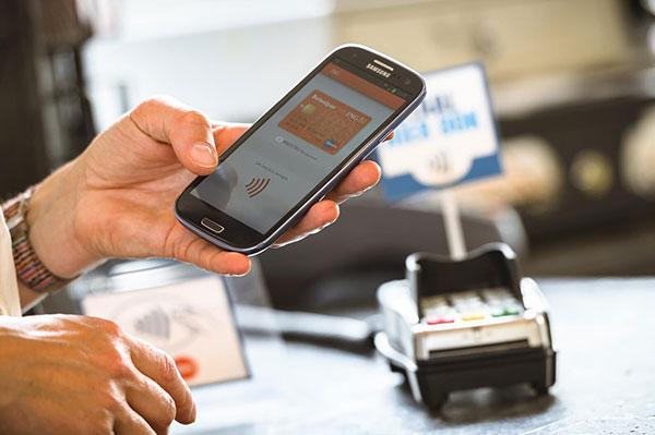 Plan piloto del nuevo sistema de pago interbancario a través de telefonía móvil celular iniciará el próximo 03 de octubre | Foto referencial