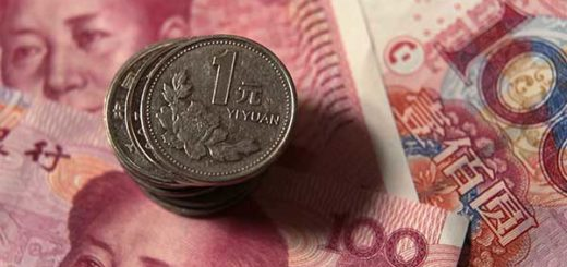 Maduro hizo alusión al yuan como una de las monedas transables | Foto: Petar Kujundzic