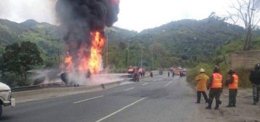 Secuestradores mueren al estallar granada   Foto: El Universal