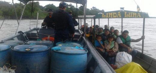 12 venezolanos fueron rescatados tras quedar a la deriva en río colombiano | Referencial