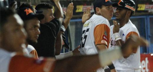 Águilas dejó en el terreno a Magallanes en la jornada inaugural de la LVBP | Foto: AVS